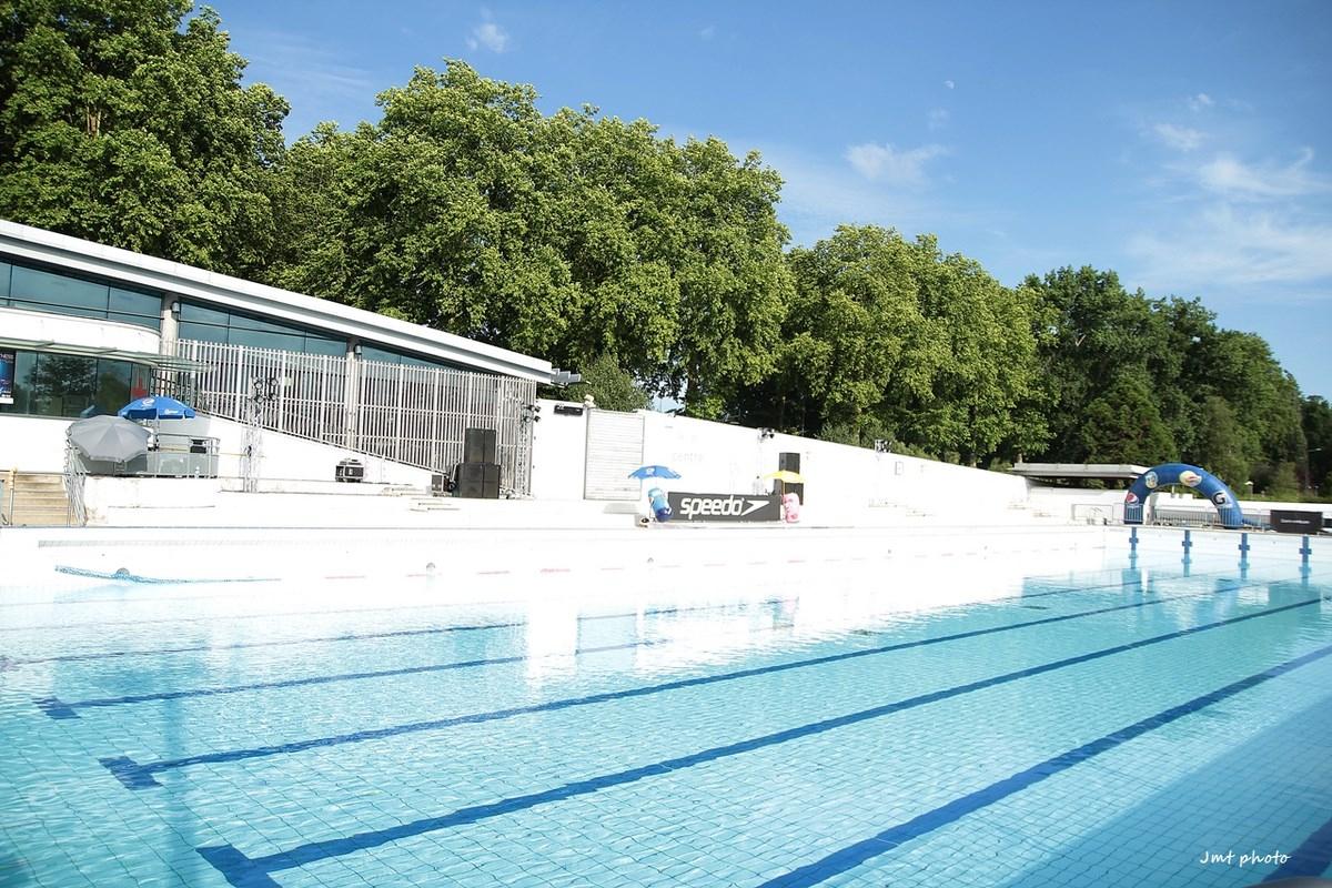 Municipales À Tours] Palais Des Sports, Gymnases, Foot… Qui ... encequiconcerne Piscine Du Lac Tours