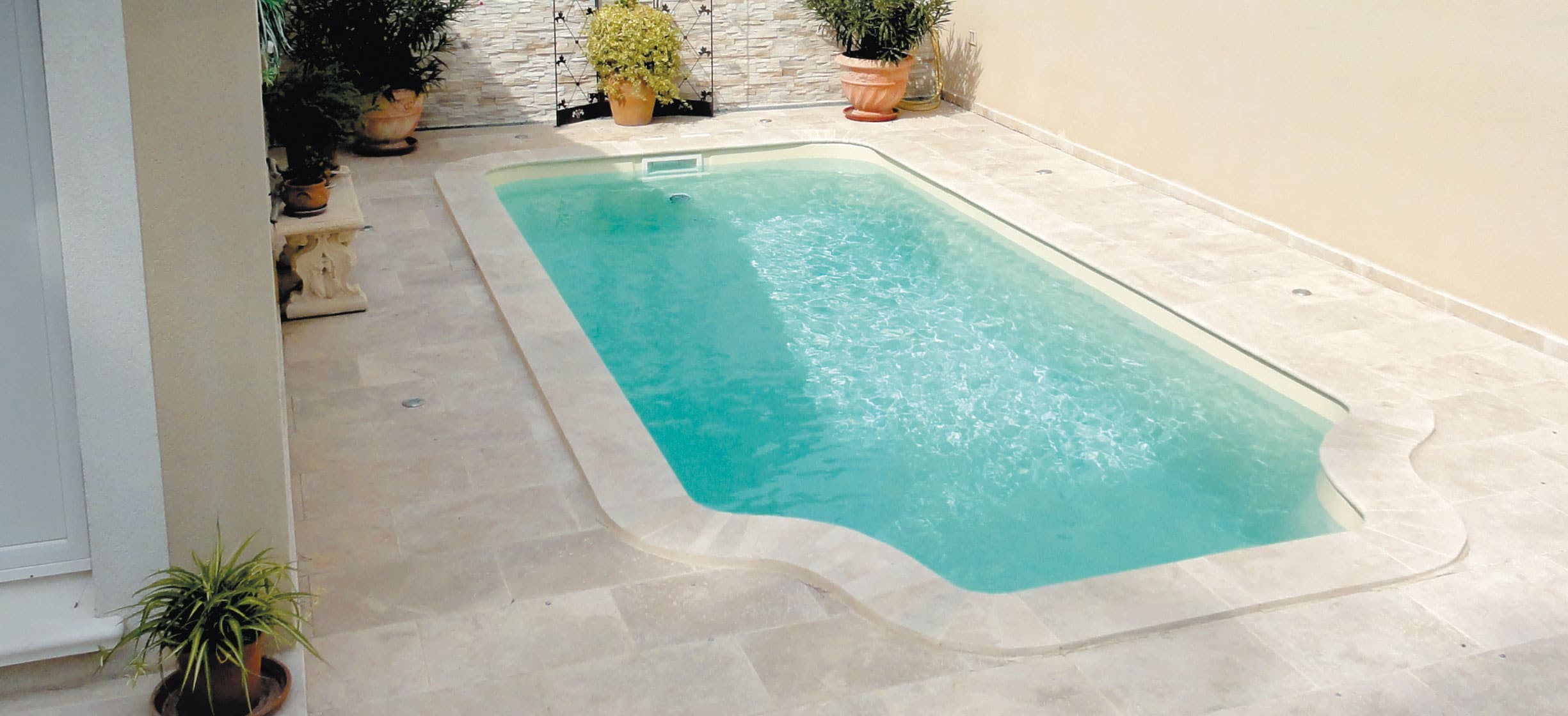 Niolon 6,50 X 3,00 X 1,45 M - Aqua Piscines : Construction ... destiné Piscine Coque Ou Beton