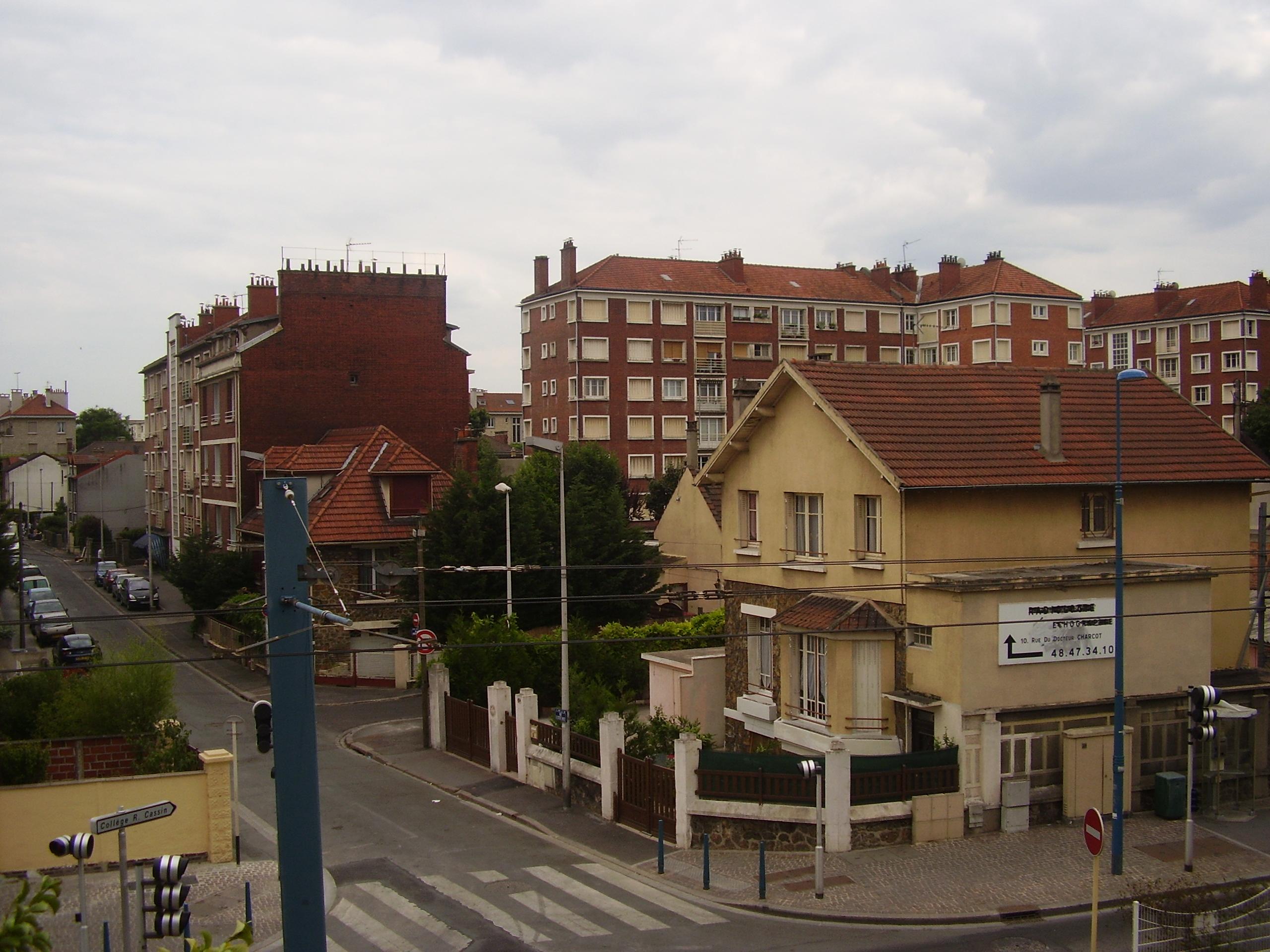 Noisy-Le-Sec — Wikipédia concernant Piscine De Noisy Le Sec