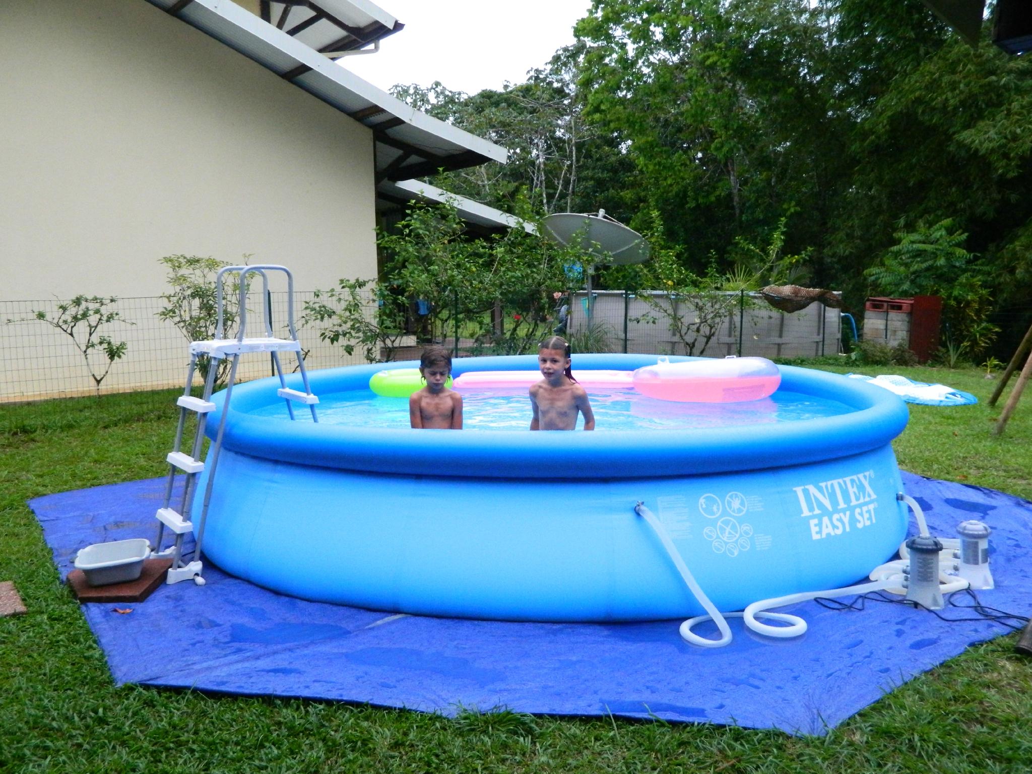 Nouvelle Piscine ! - Destination Guyane : 2 Ans À St Jean Du ... pour Piscine Boudin
