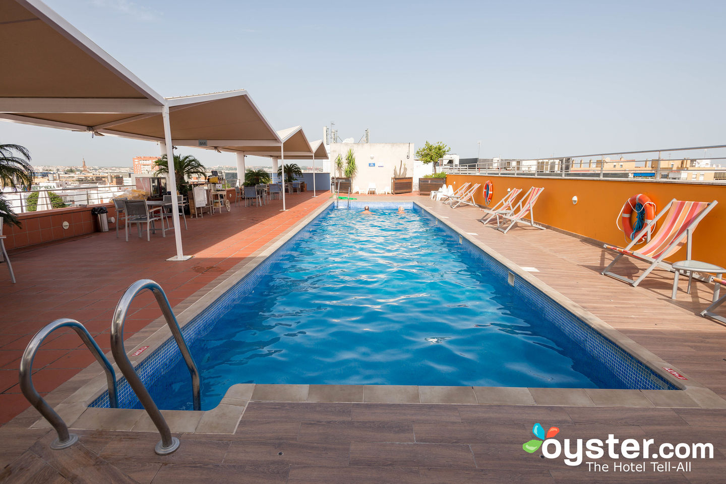 Novotel Sevilla Review: What To Really Expect If You Stay serapportantà Hotel Seville Piscine