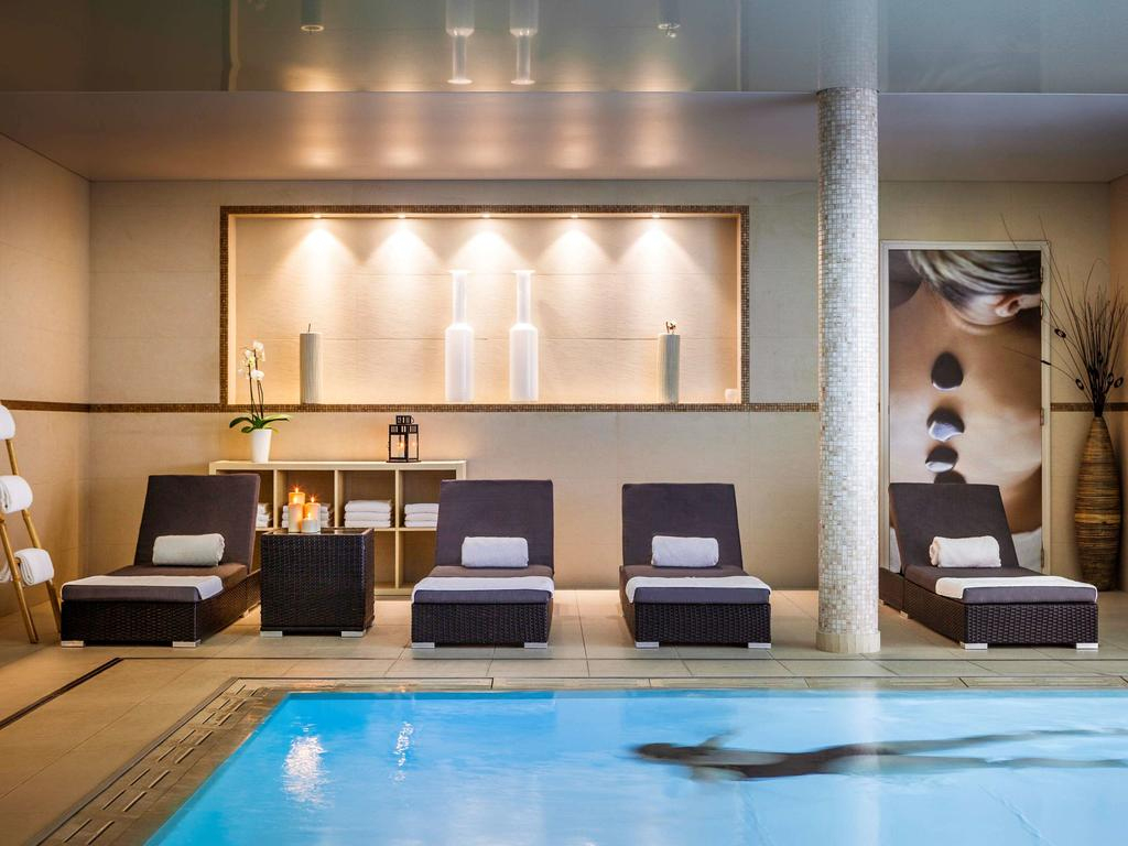 Novotel Spa Rennes Centre Gare, France - Booking serapportantà Piscine Villejean