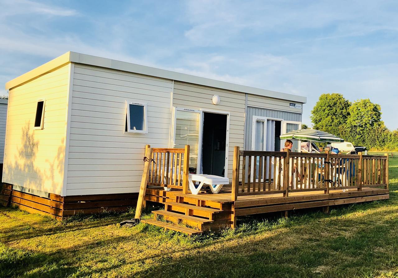 O2 Camping (Fransa Longueville) - Booking dedans Piscine La Bretonnière