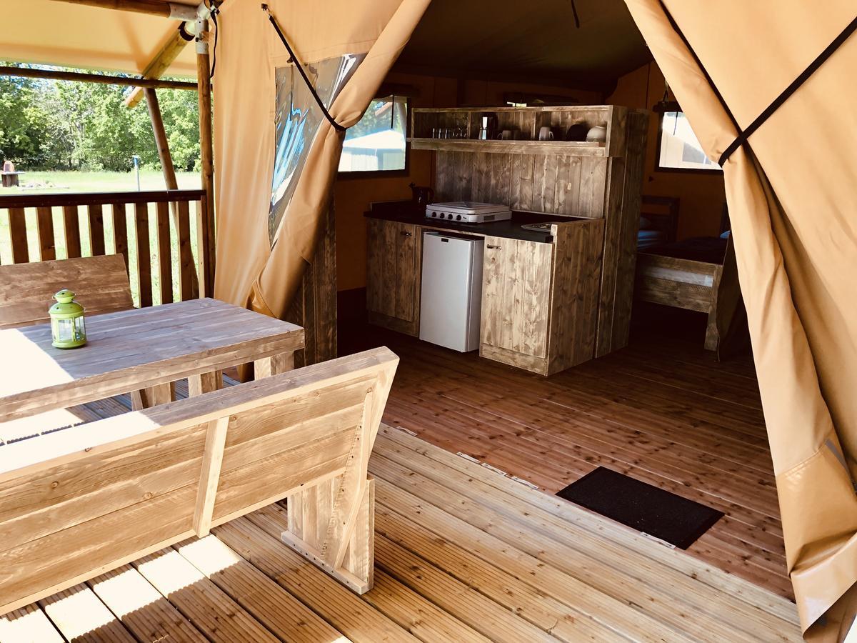 O2 Camping (Fransa Longueville) - Booking pour Piscine La Bretonnière