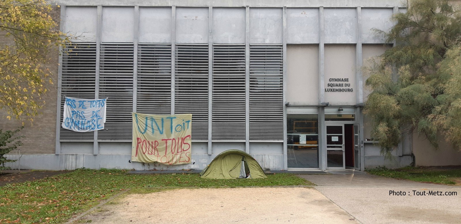 Occupation Du Gymnase Du Luxembourg (Metz) - Octobre 2019 encequiconcerne Piscine Square Du Luxembourg
