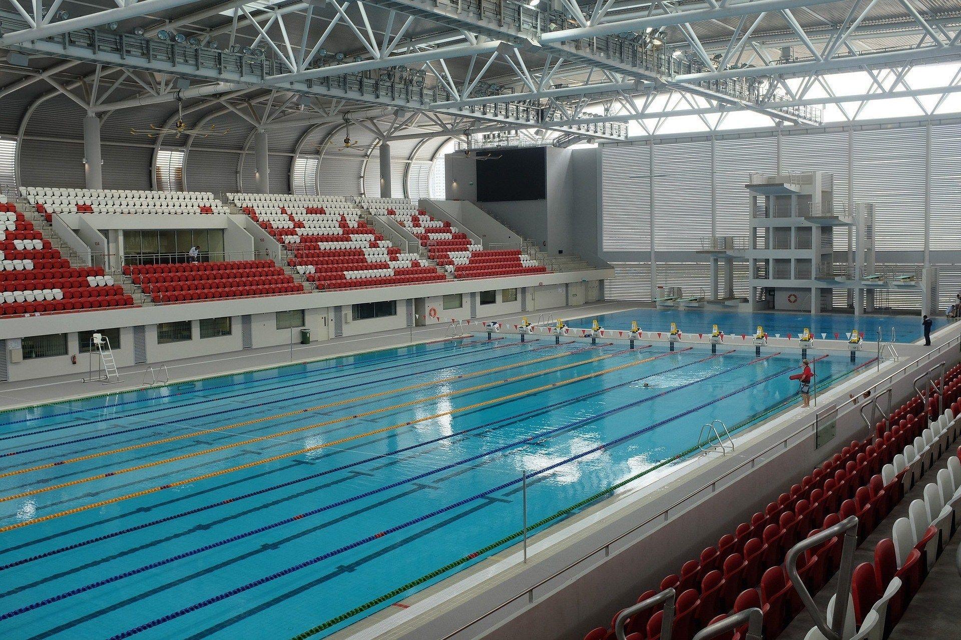 Olimpik Havuz Havalandırma Sistemleri, Davlumbaz, Boru ... encequiconcerne Piscine Brequigny