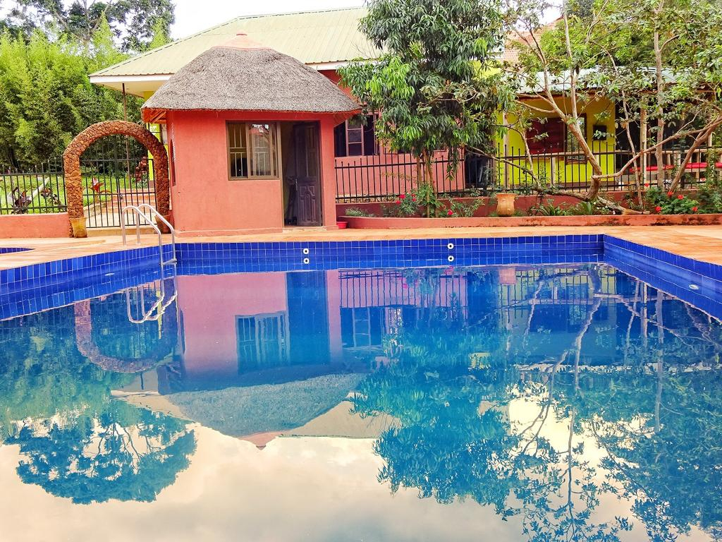 Otel Governors Club (Uganda Entebbe) - Booking tout Horaire Piscine Auch