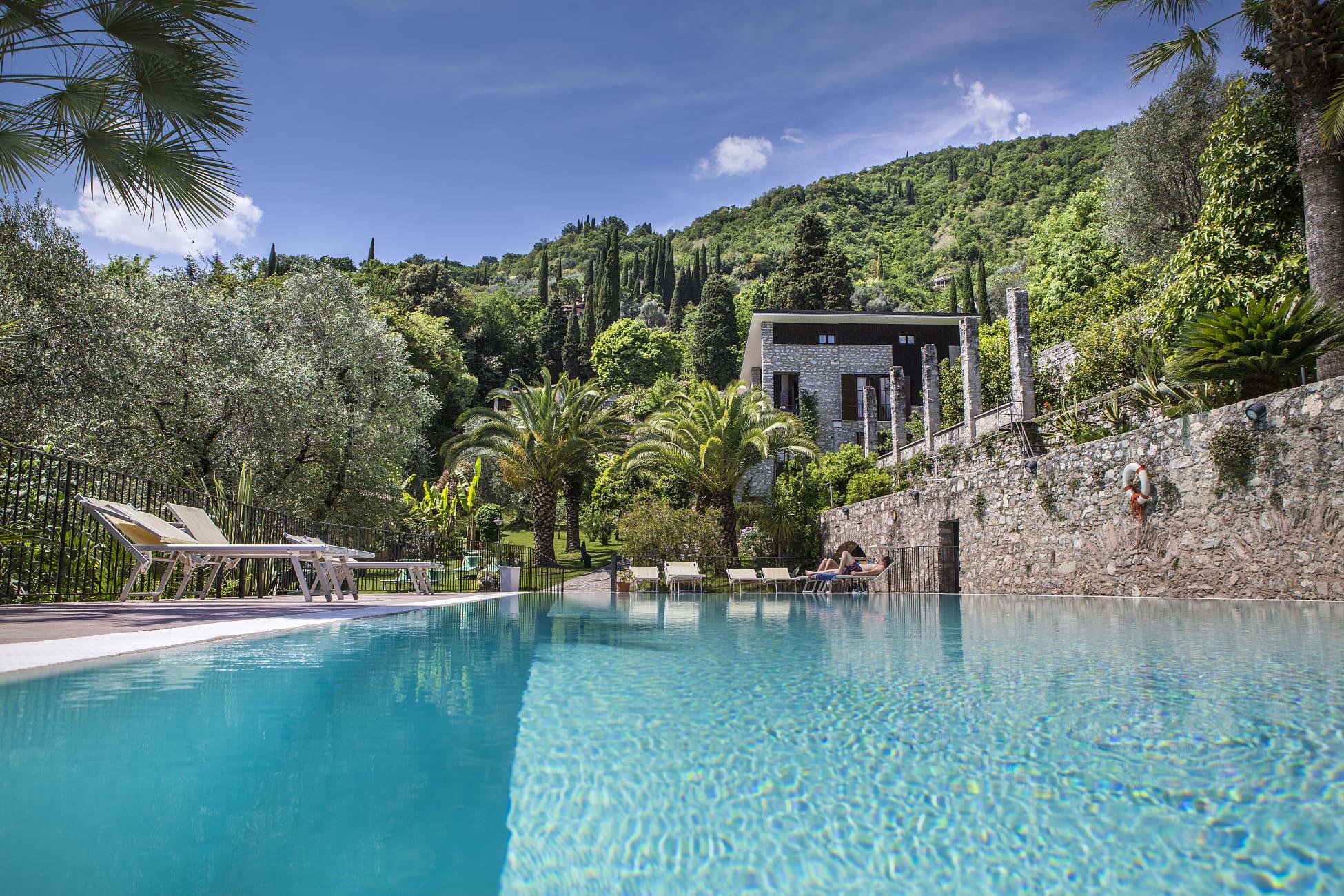 Otel Hotel Livia, Gargnano - Trivago.tr pour Piscine Du Lido