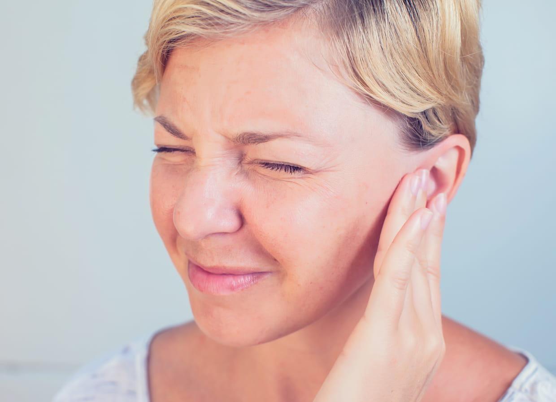 Otites : Les Symptômes Et Traitements destiné Oreille Bouchée Piscine