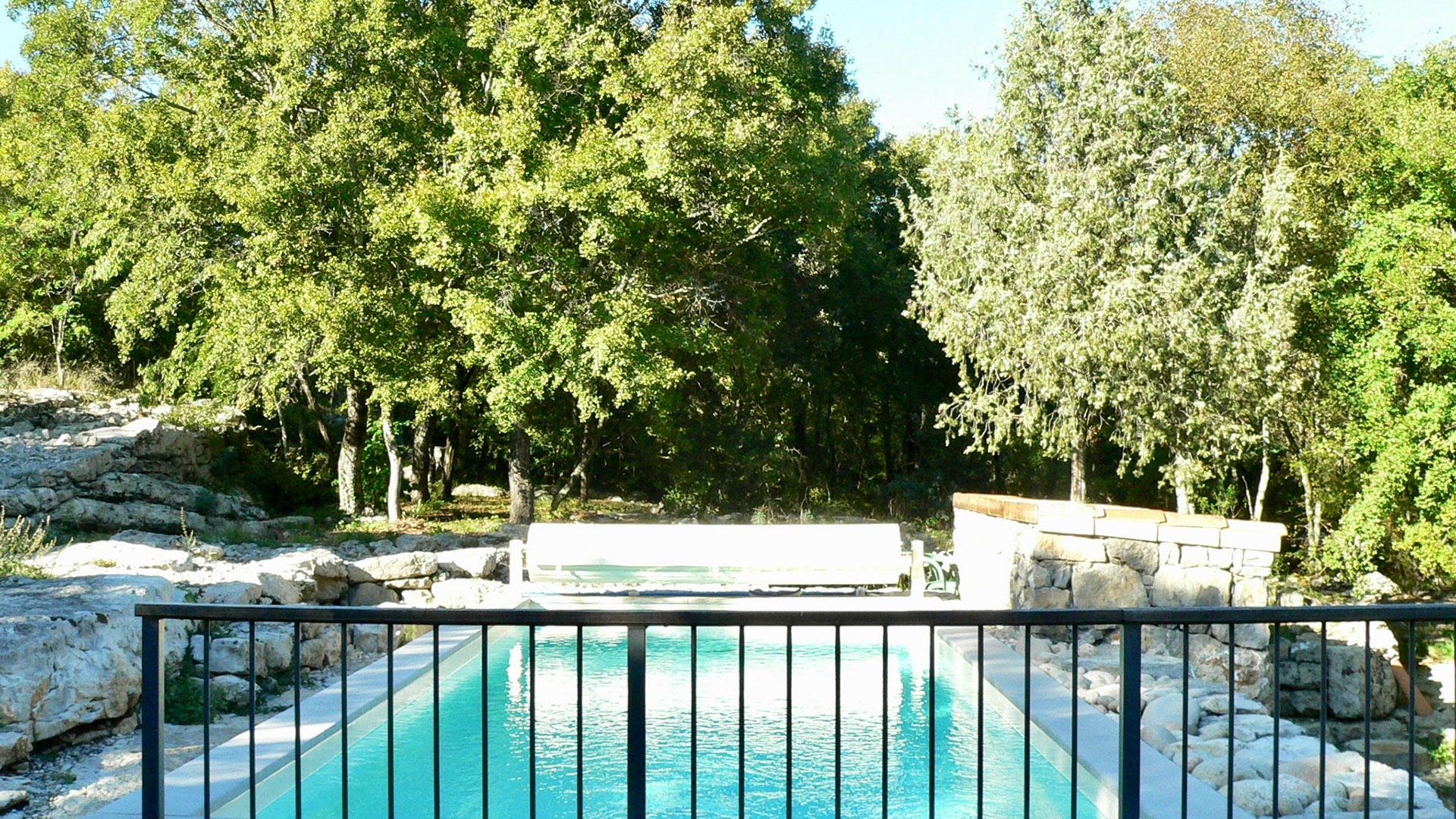 Outdoor Pool - Gite Danila & Renzo intérieur Piscine Lablachere