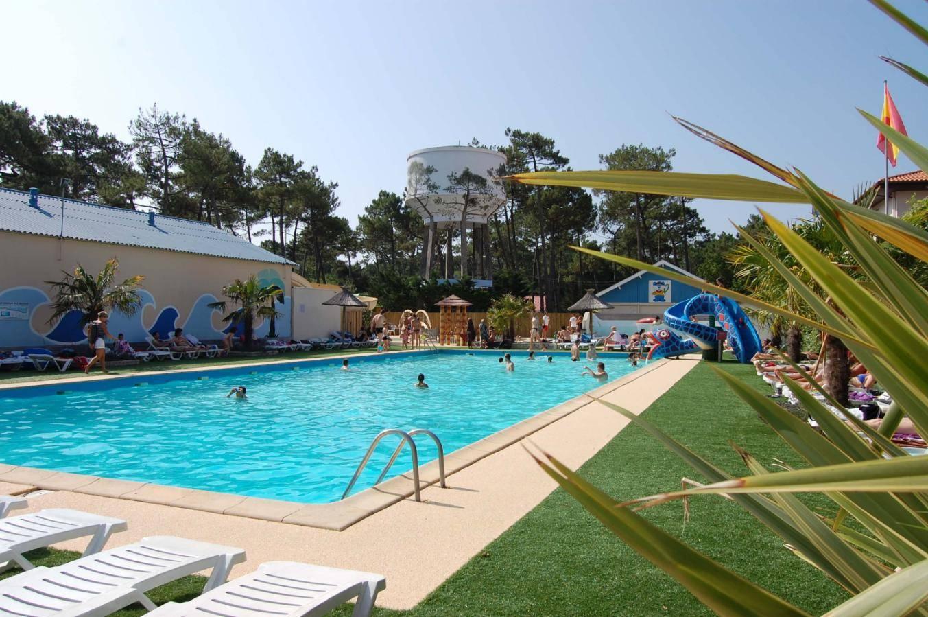 Parc Aquatique À Mimizan Plage Dans Les Landes. - ᐃ Club ... intérieur Camping Mimizan Avec Piscine