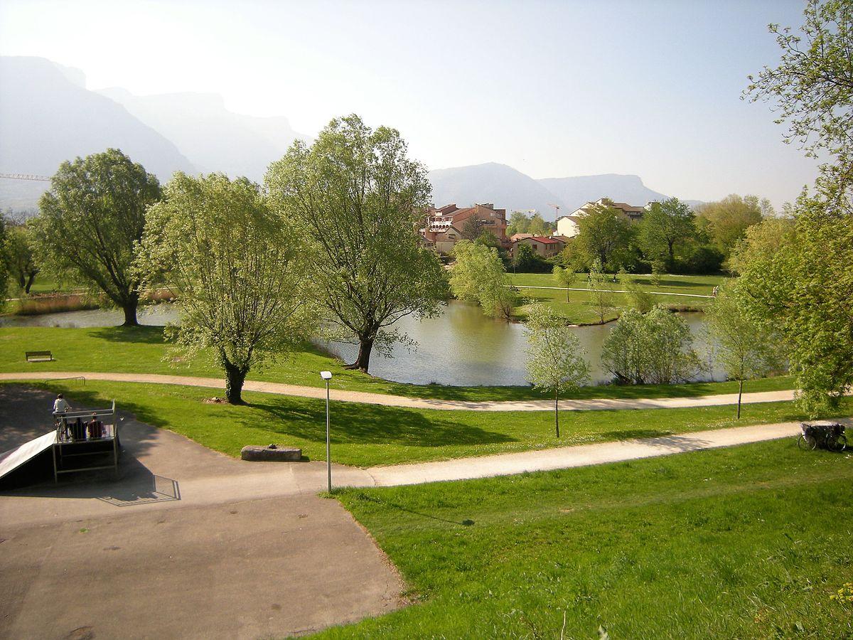 Parc De Fiancey — Wikipédia tout Piscine St Egreve