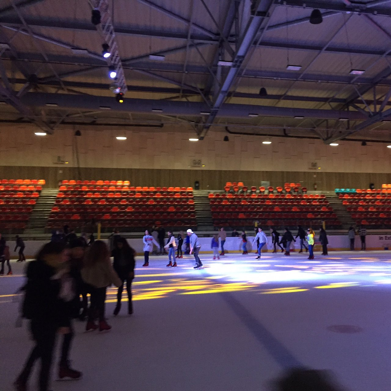 Patinoire De Dunkerque (Dunkirk) - 2020 All You Need To Know ... destiné Piscine Mardyck