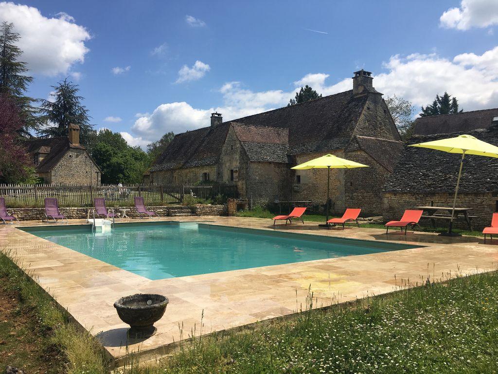 Périgord House, Black Périgord, Private Pool, 10 Min Lascaux 20 Min Sarlat  - Saint-Amand-De-Coly destiné Piscine St Amand