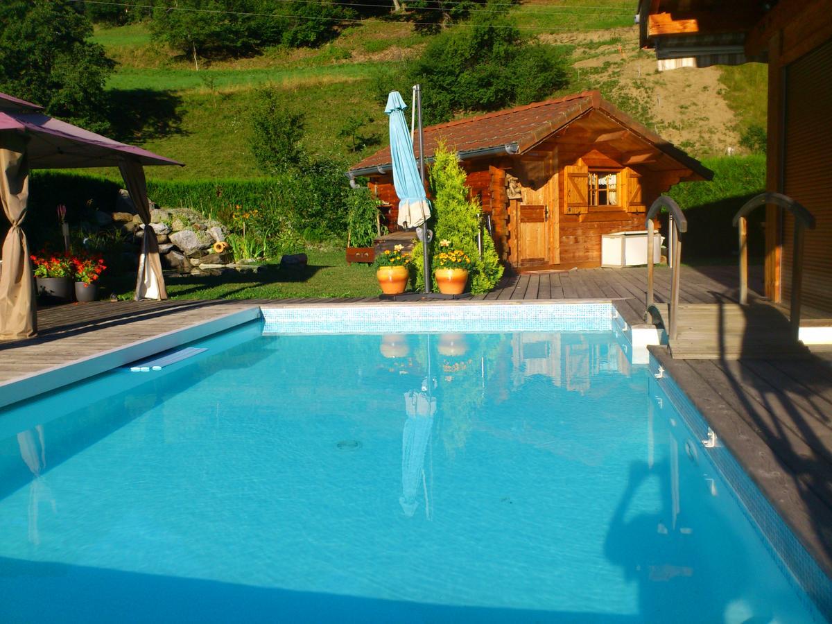 Petit Chalet Avec Piscine Vue Mt Blanc, Domancy, France ... tout Piscine De Chamonix