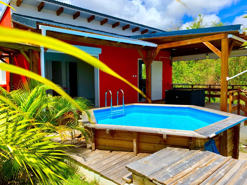 Petite Villa Tout Confort Avec Piscine, Saint-François ... à Piscine Saint Francois
