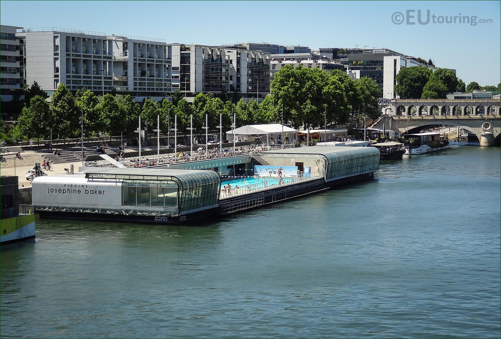 Photo Of Piscine Josephine Barker On The River Seine Paris ... intérieur Piscine Josephine Baker