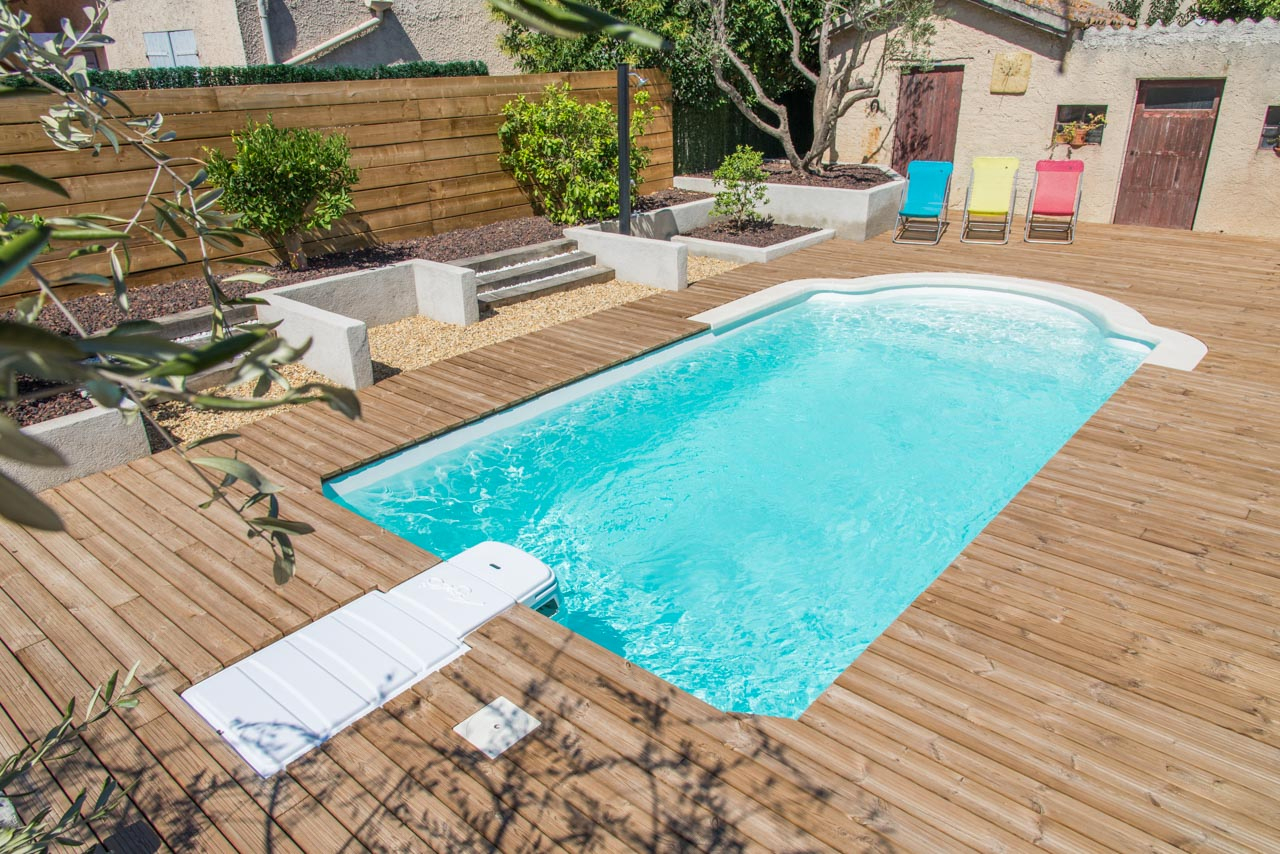 Photographe Entreprise Arles - France Piscines Composites. pour France Piscine Composite