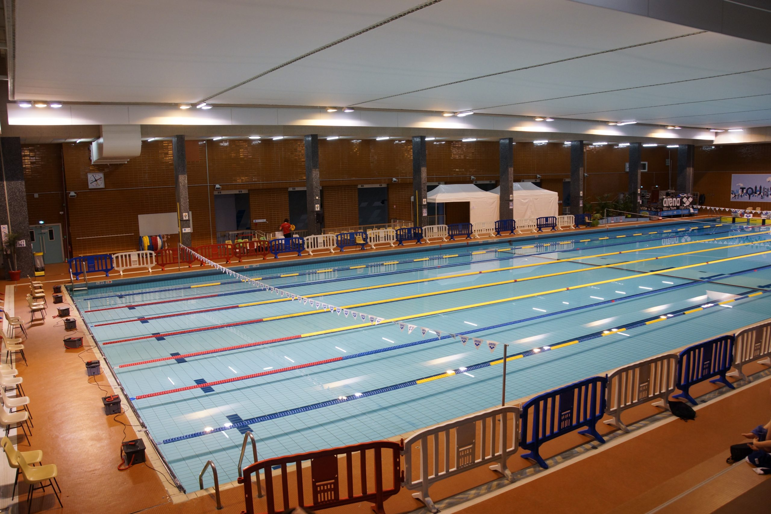 Photos Meeting Gilbert Bozon Tours encequiconcerne Piscine Gilbert Bozon