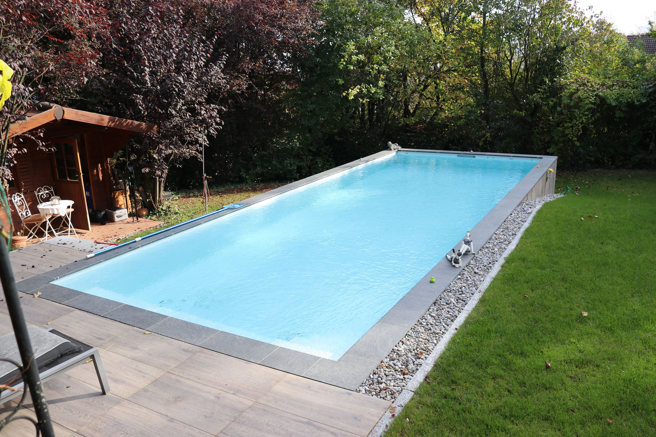Piscine Coque / Enterrée / En Composite / Pour Hôtel 10.00 X 3.70 X 1.50  Tilestone Pools One Piece Tiled Pools pour Piscine Semi Enterrée Coque
