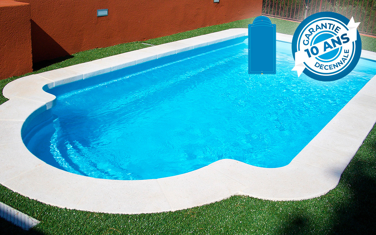 Piscine Coque Montecarlo 64 - Kit Low Cost - Piscine Direct ... à Piscine En Kit Pas Cher