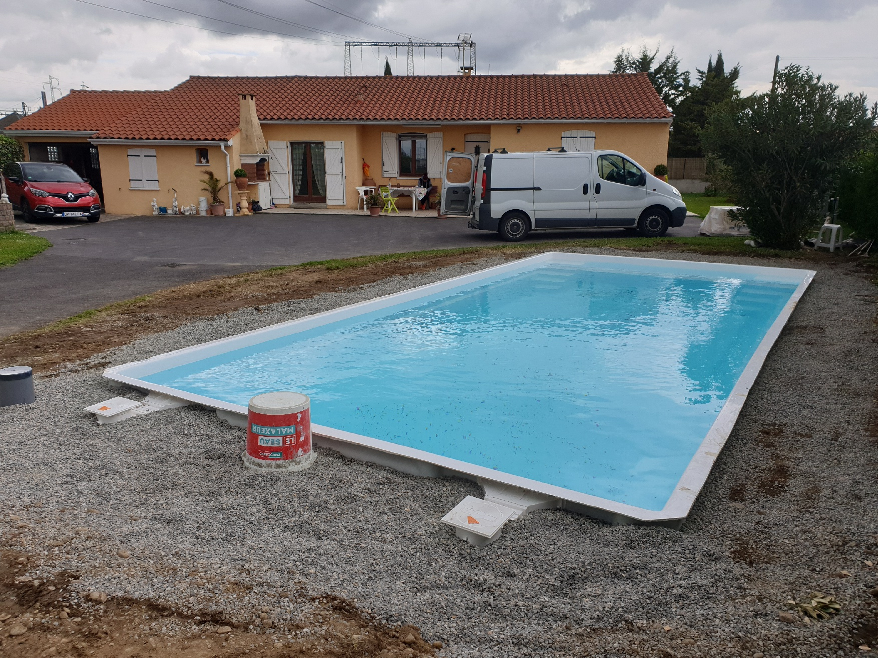 Piscine Coque Polyester 8.50M X 4M Profondeur 1.50M À Portet ... concernant Piscine Portet Sur Garonne