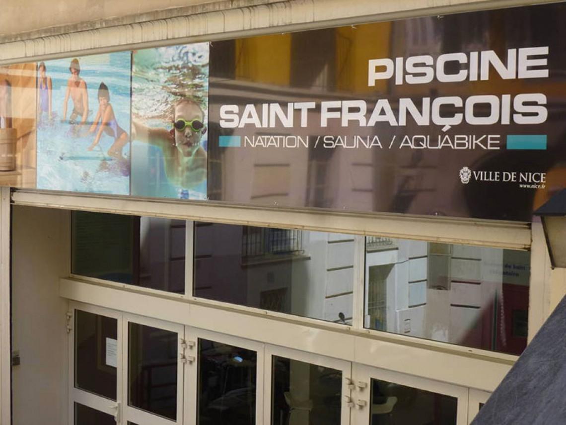Piscine Couverte Saint-Francois Sports Sports Activities ... avec Piscine Saint Francois