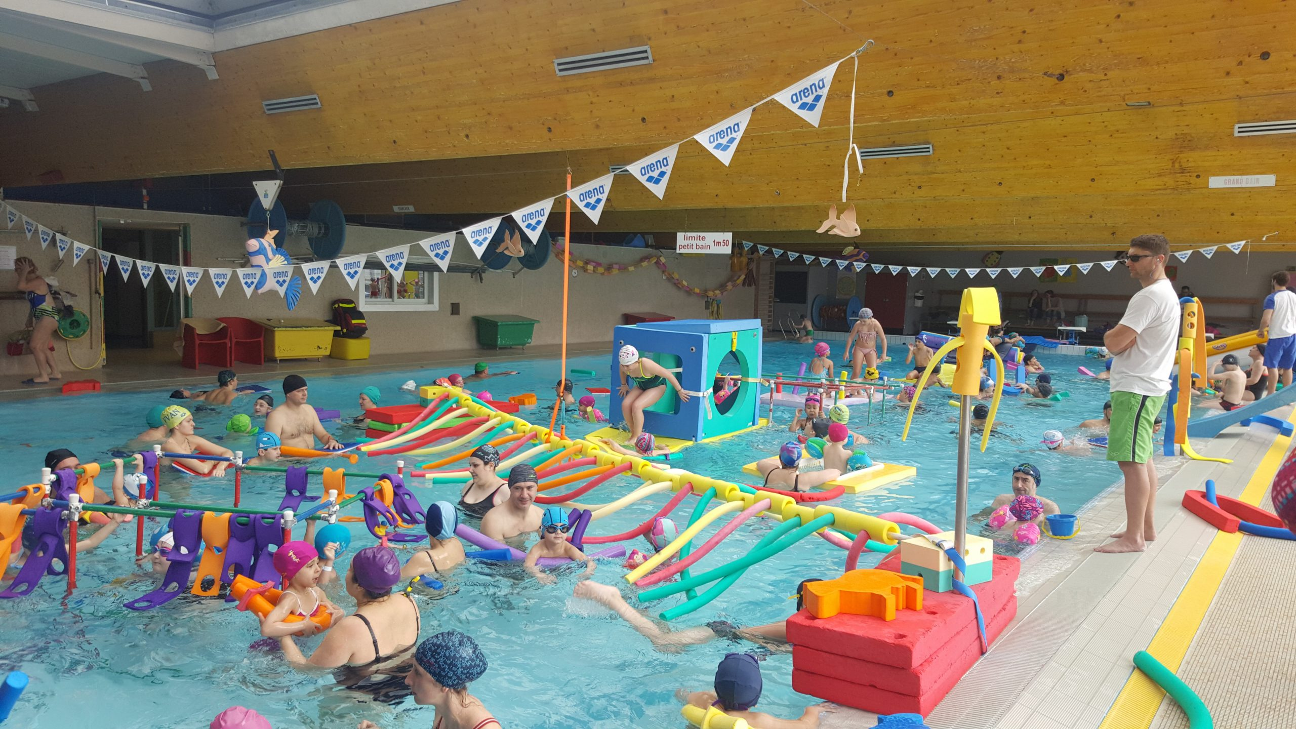 Piscine De Cusset - Stade Aquatique tout Piscine Bellerive Horaire