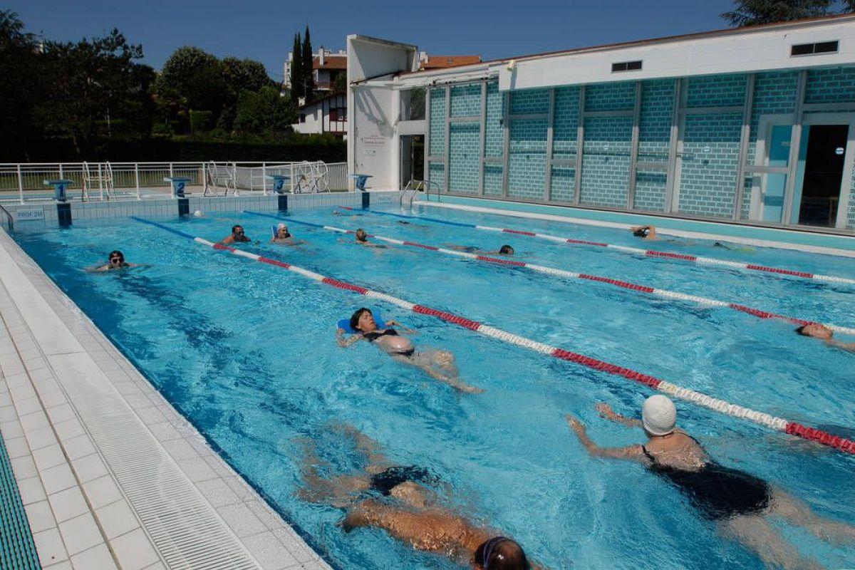 Piscine De Lauga À Bayonne - Horaires, Tarifs Et Téléphone ... concernant Centre Aquatique Des Hauts De Bayonne Piscine Bayonne