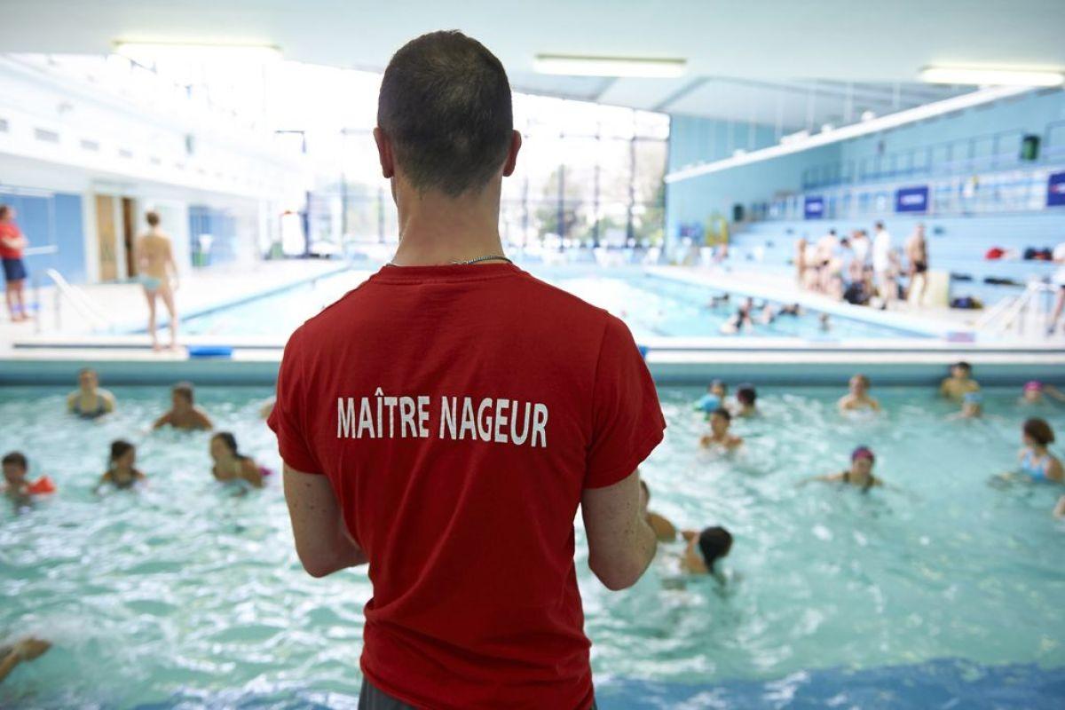 Piscine Du Centre Sportif Des Raguidelles À Suresnes ... à Horaires Piscine Puteaux