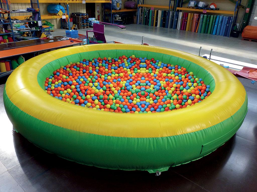 Piscine Gonflable Pour Mettre Des Boules Pour Les Enfants Et ... avec Piscine A Boule