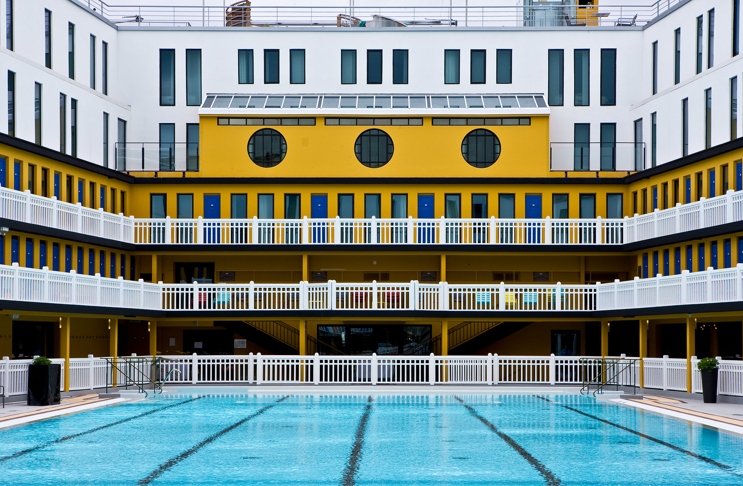 Piscine Molitor Paris: From Swimming Pool To Luxury Hotel ... pour Piscine Auteuil