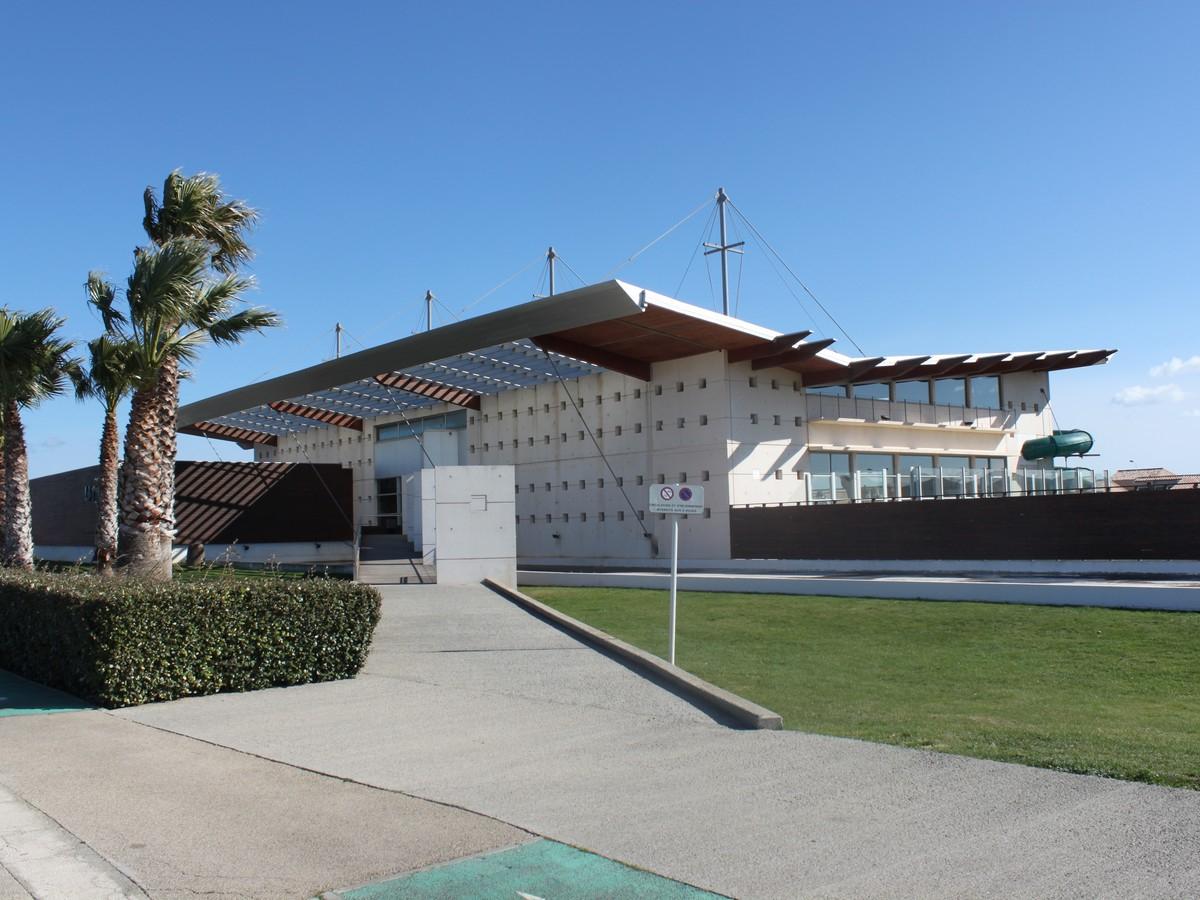 Piscine Municipale serapportantà Piscine Port La Nouvelle