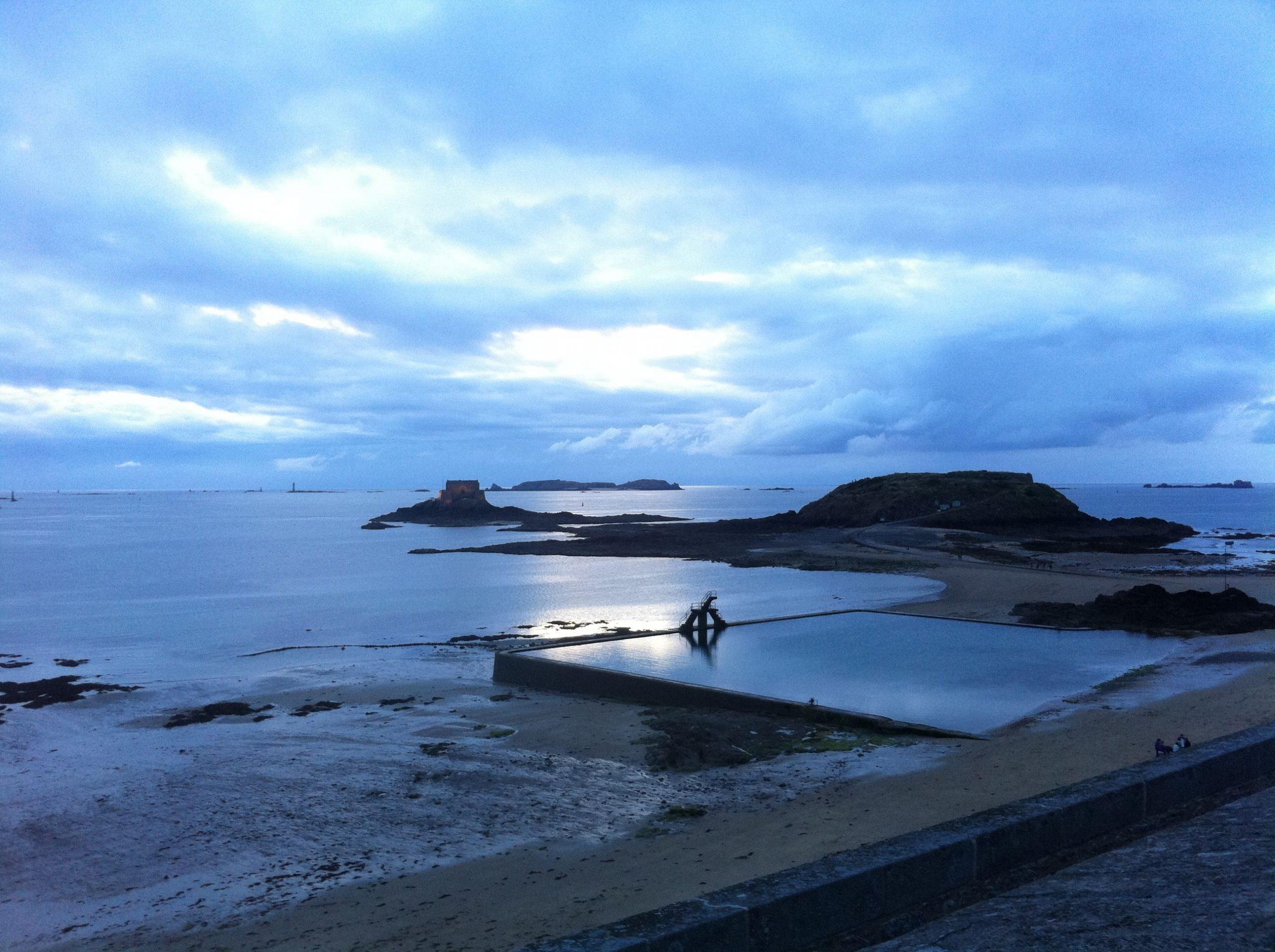 Piscine Naturelle... Bon-Secours | Piscine Naturelle, Piscine à Piscine St Malo