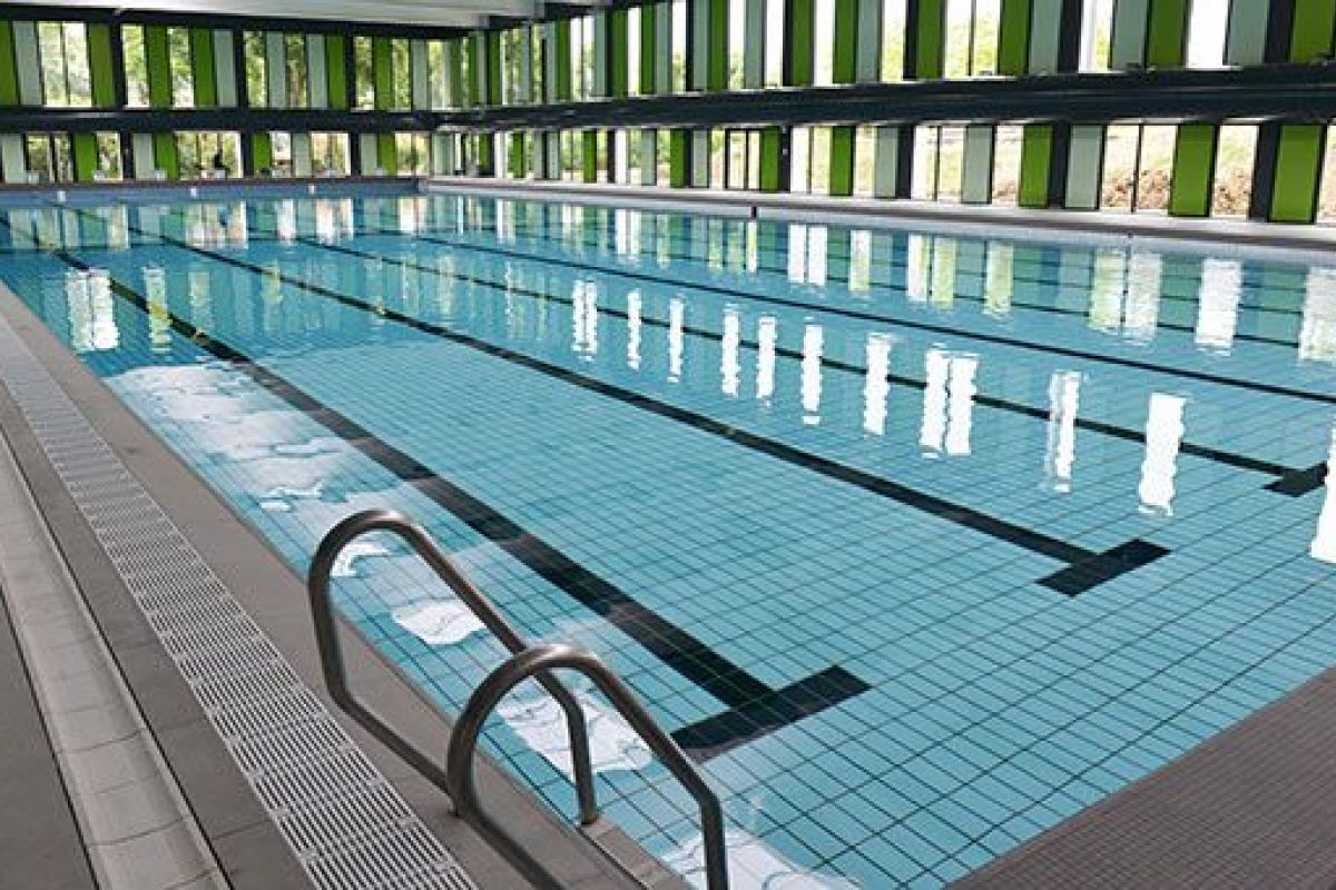Piscine Olympique Lothaire À Metz - Horaires, Tarifs Et ... intérieur Piscine Square Du Luxembourg