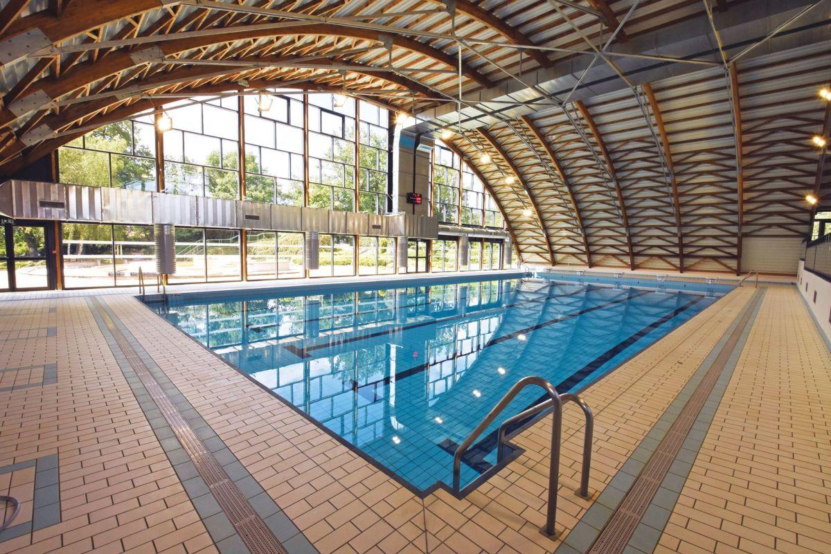 Piscine - Parc Aquatique À Ambert Livradois Forez - Horaires ... concernant Piscine Cournon