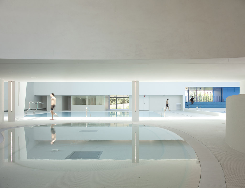 Piscine. Réhabilitation Et Extension Dominique Coulon, 201 ... intérieur Piscine De Bagneux
