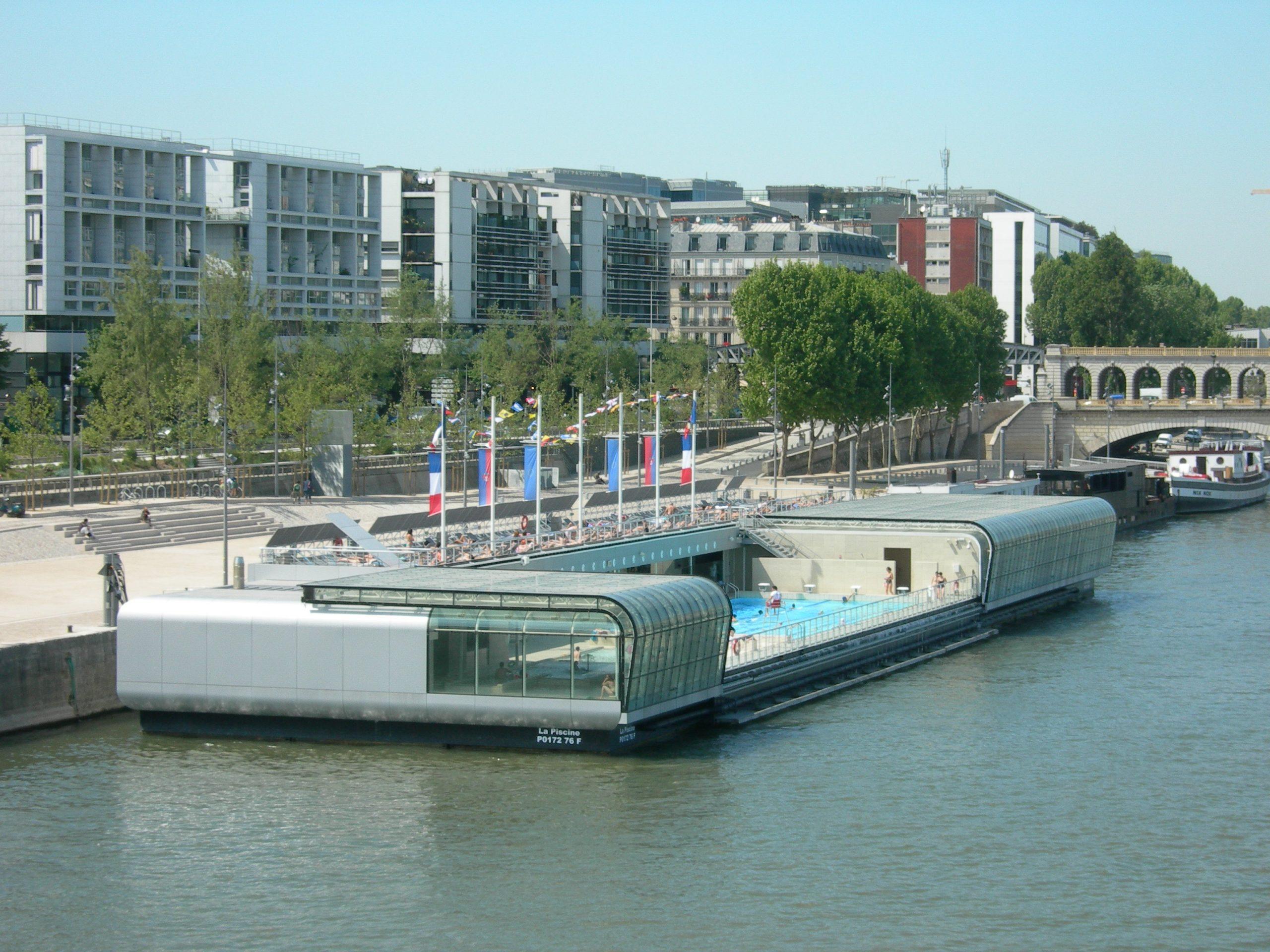Poolboat - Sportspace serapportantà Piscine Josephine Baker