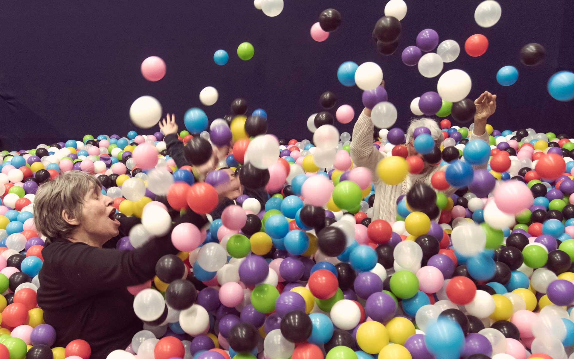 Premier Parc Indoor Avec Piscine À Boules Pour Adultes En Alsace concernant Piscine A Boule