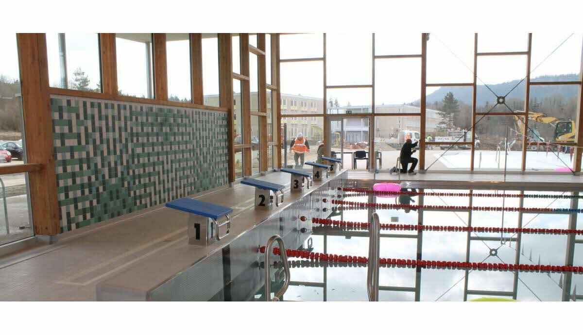 Principal | Le Centre « Les Tritons » Ouvre Le 31 Mai encequiconcerne Piscine Champagnole