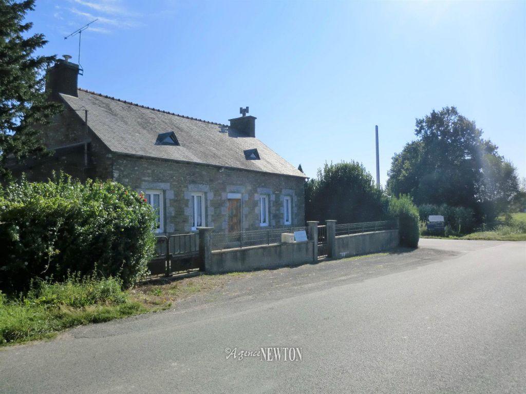 Properties : - Agence Newton avec Piscine Janze