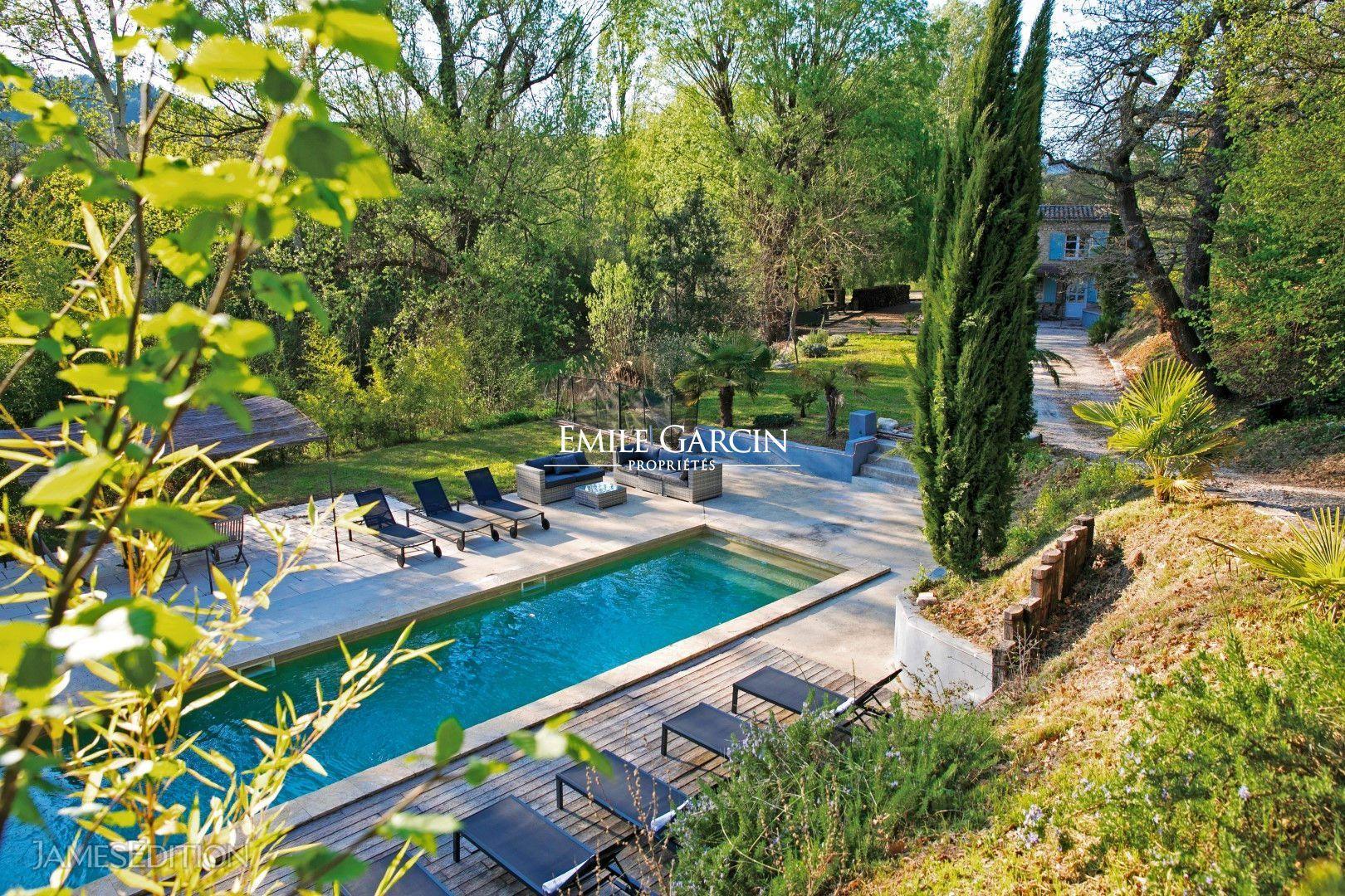Provence Région Ventoux Mas Et Sa Maison Annexe Avec Piscine À Vendre avec Maison Avec Piscine A Vendre