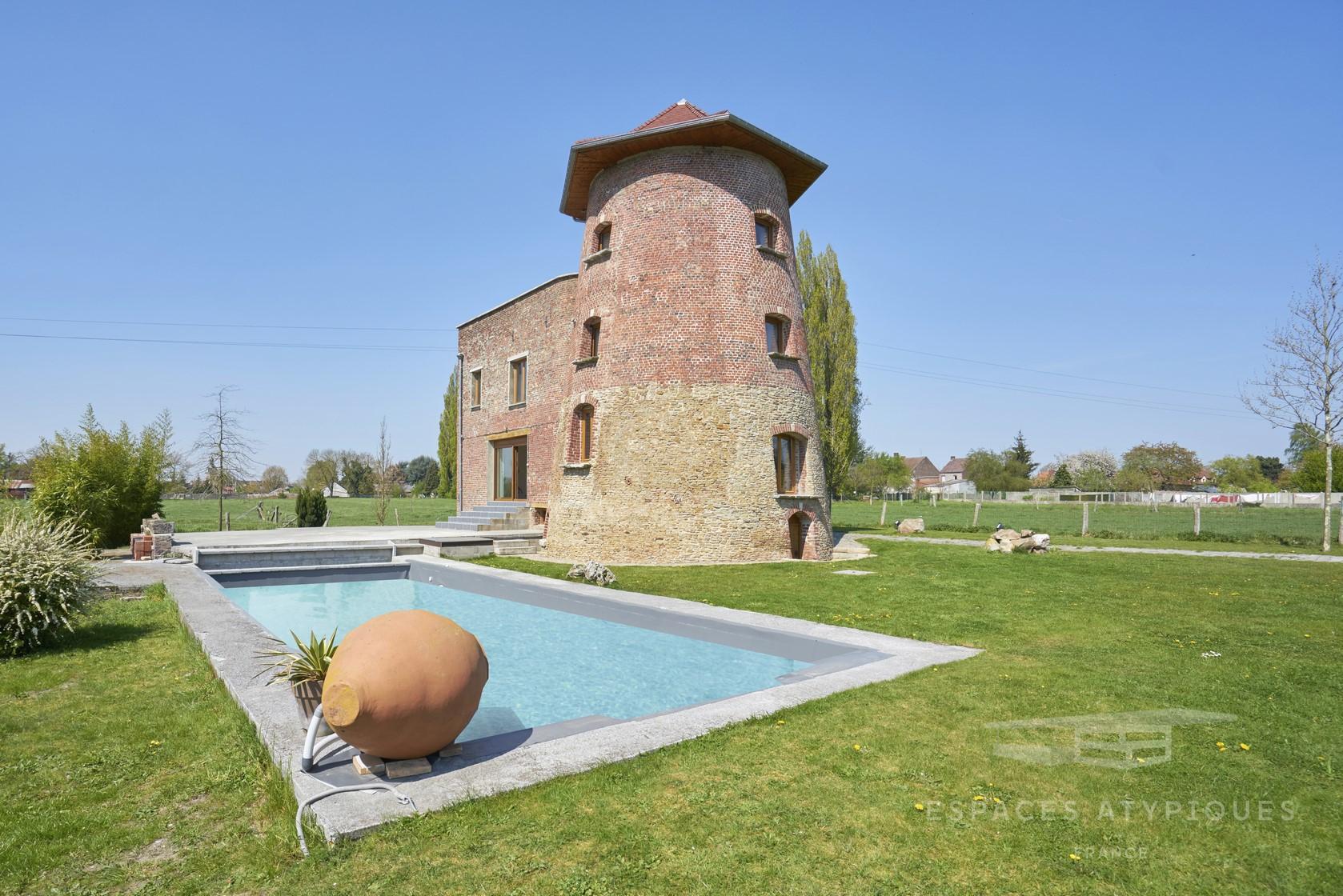 Renaissance D'un Moulin De M² Avec Piscine Extérieure À Hergnies destiné Piscine St Amand Les Eaux