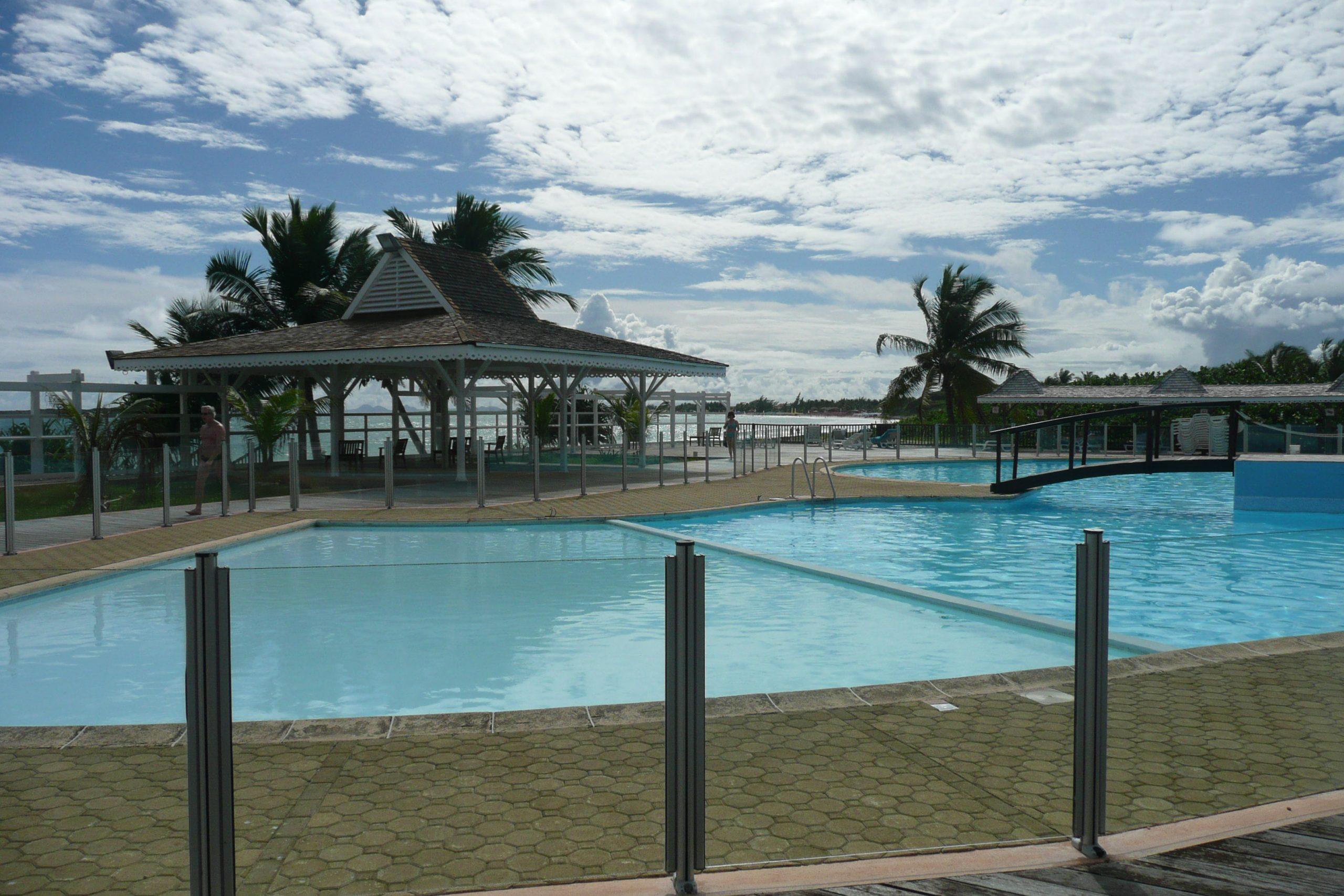 Rental Studio To Caribbean Sint Maarten French Side On The ... concernant Piscine Vernon