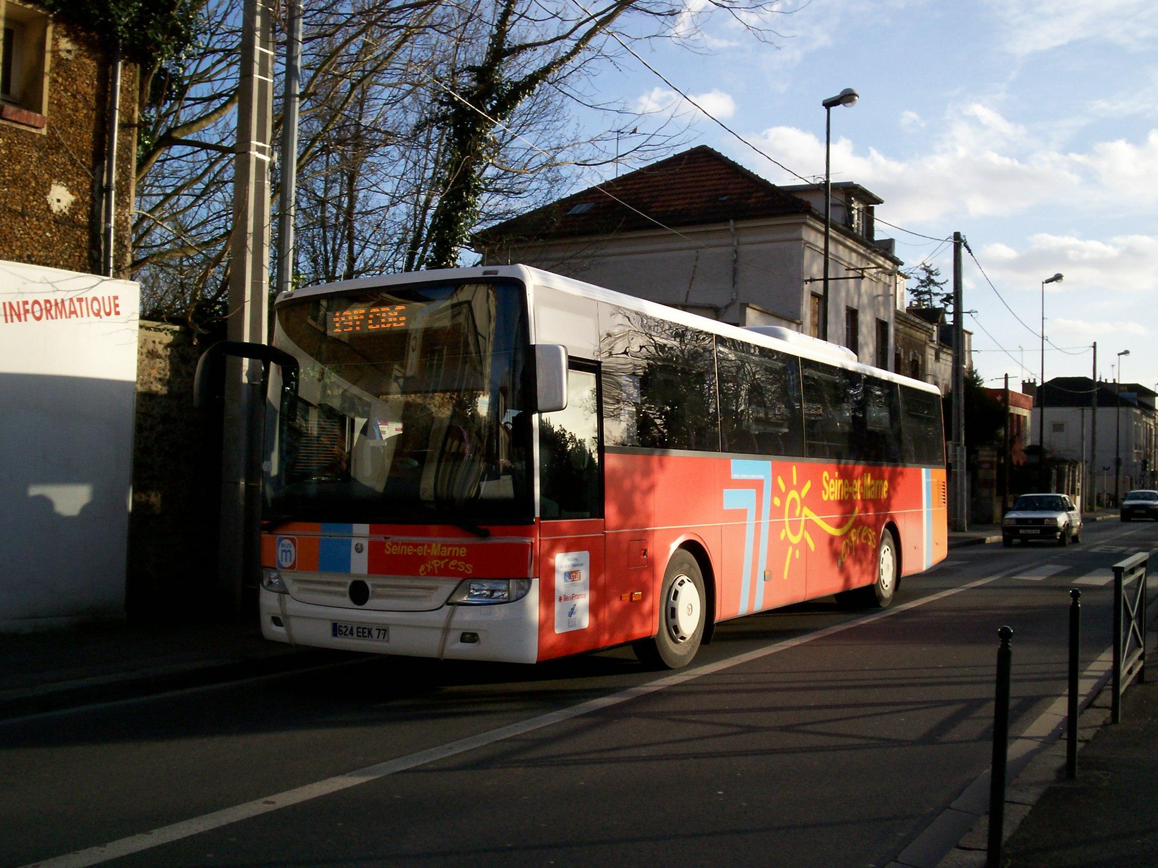 Réseau De Bus Seine-Et-Marne Express — Wikipédia à Piscine De Moissy Cramayel