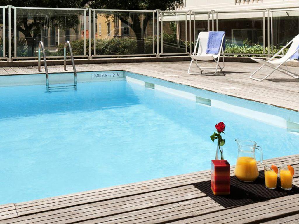 Résidence Aparthotel Adagio Access Nice Magnan Nice ... intérieur Piscine Magnan Nice
