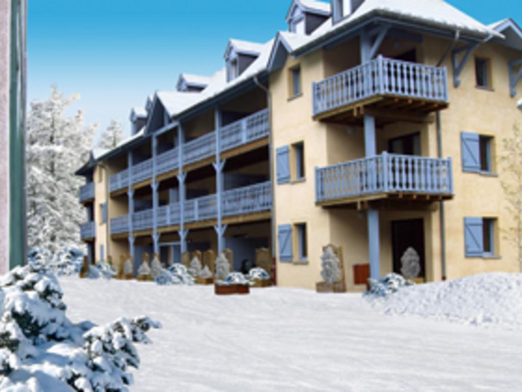Résidence Les Trois Vallées (Arreau) tout Piscine Lannemezan