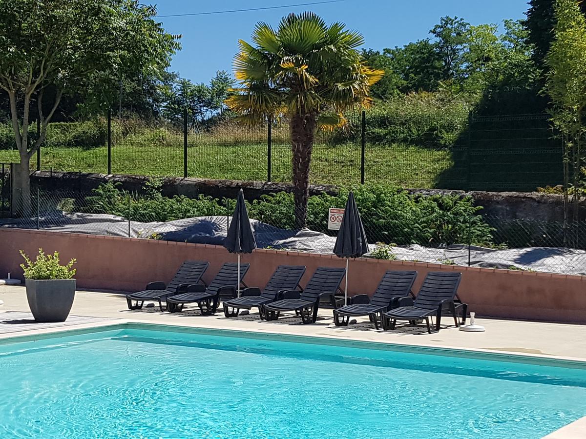 Resort Village L'oasis Du Berry, Saint-Gaultier, France ... destiné Piscine La Chatre