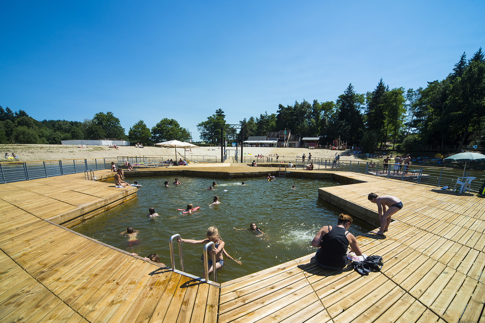 Rivage, Our Construction Projects On Water destiné Piscine Aurillac