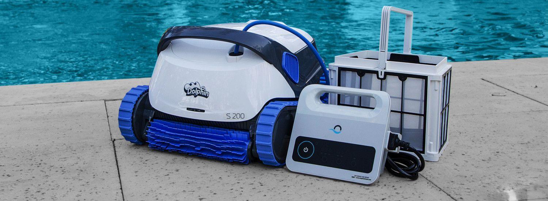 Robot Dolphin S100, S200, S300 Et S300I - Erobot Piscine destiné Robot Piscine Dolphin S200